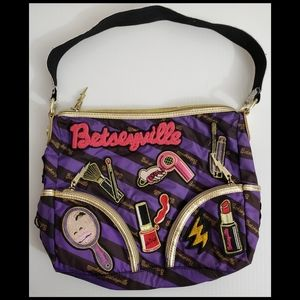 Betseyville By Betsy Johnson Small